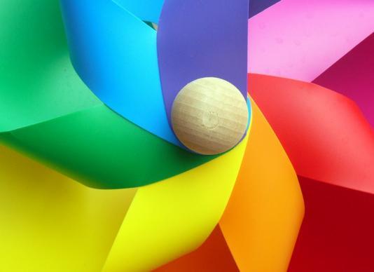 Tri boje - poučan i zabavan lutkokaz