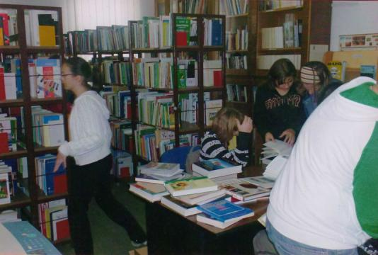 Knjižnica8